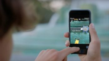 Pokemon Go Made $200 Million In First Month, Beating Clash Royale And Candy Crush Soda Saga