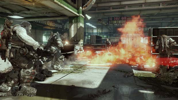 Gears of War 3 Multiplayer Coming Mid April