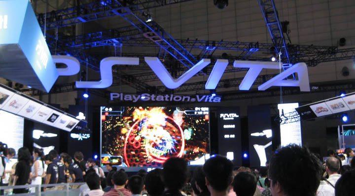 PS-Vita1