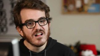 YouTubers are stealing developer content says Phil Fish