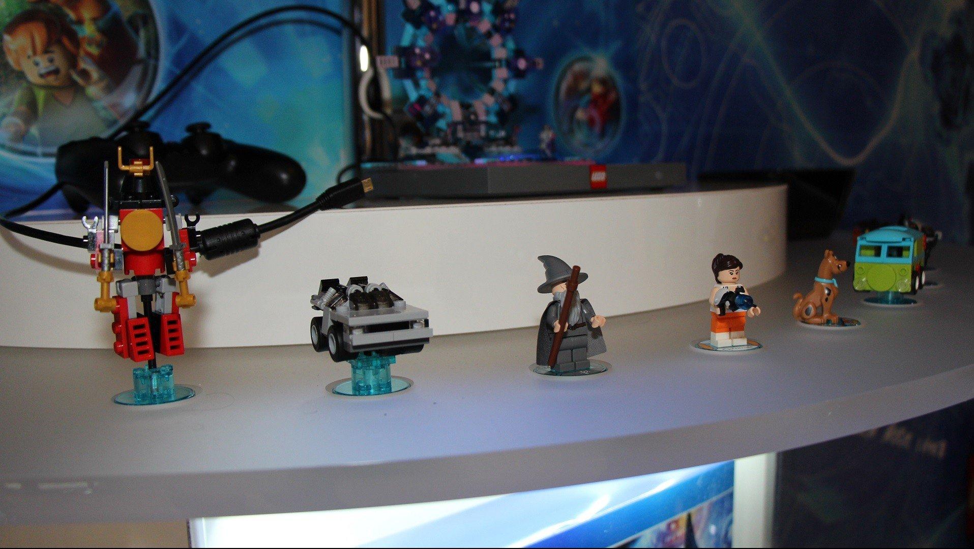 LegoDimFigures01-e1434919998559