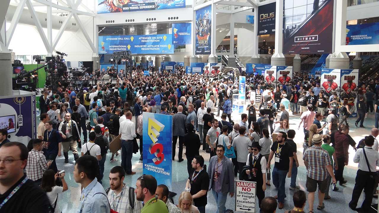 E3 2015 crowds