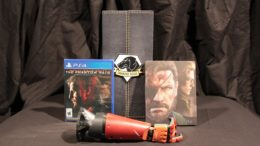 Metal Gear Solid V The Phantom Pain Collector's Edition Unboxing Video