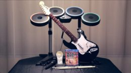 Rock Band 4 Band In-A-Box Unboxing Video