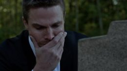Just Who Is In The Mystery Grave on Arrow?