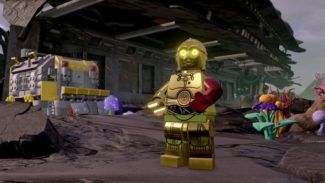 PlayStation Exclusive LEGO Star Wars: The Force Awakens DLC Explains C-3PO's Red Arm
