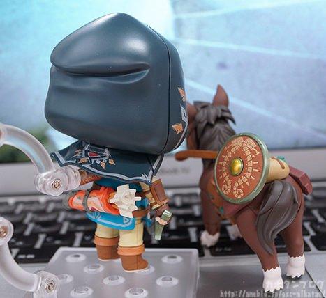 horseback-467x428