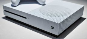 "Phil Spencer Considers Project Scorpio a ""Premium"" Device"