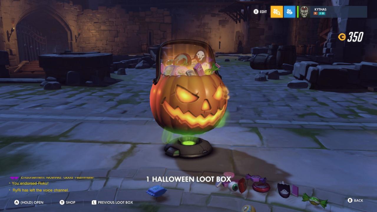 overwatch-halloween-lootbox