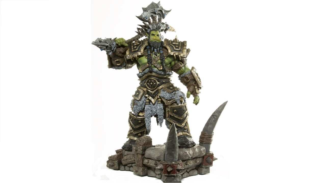 wow-thrall-statue-full