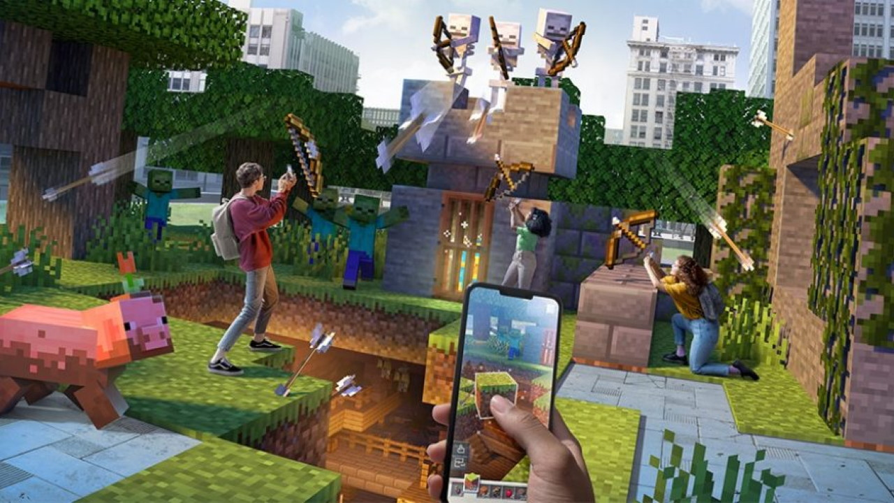 Minecraft-Earth-Fails-to-Capture-the-Pokemon-GO-Crowd-Closing-in-June